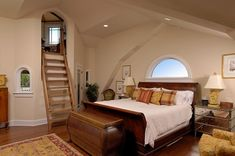 Ineffable Attic remodel with bathroom,Attic bedroom with low ceiling and Attic master bedroom suite. Attic Master Bedroom, Attic Rooms, Master Bedroom Design, Modern Bedroom, Bedroom Decor, Bedroom Ideas, Master Suite, Bedroom Nook, Attic Bathroom