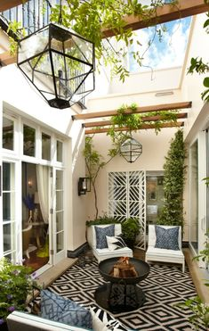 porches cozy home To begin with, you will need to think about your patios area. It's possible to skip the patio and just delight in a shaded place. Patios and decks don't need to be t Atrium Design, Patio Design, House Design, Courtyard Design, Pergola Patio, Backyard Patio, Backyard Landscaping, Pergola Kits, Pergola Ideas