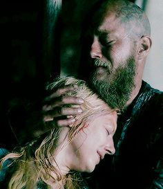 I really do love the fact that even though they split from each other, that Ragnar and Lagertha are ALWAYS there for one another. They continue to have respect of the others choices, and still flirt with each other, I love them.