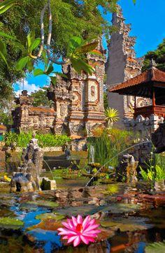 Candi Bentar, Bali
