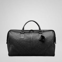 Celebrities who wear, use, or own Bottega Veneta Intrecciato Travel Duffel Bag. Also discover the movies, TV shows, and events associated with Bottega Veneta Intrecciato Travel Duffel Bag. Mens Luggage, Cheap Handbags, Bottega Veneta, Leather Men, Leather Bags, Gentleman, Train, Shoe Bag, Vintage