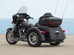 2009 Harley Davidson Tri Glide Ultra Classic - Rear side view 2009 ...