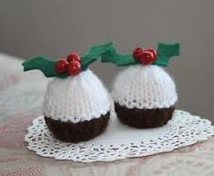 Free knitting pattern for christmas pudding ornament holiday free knitting pattern for christmas pudding ornament holiday knitting patterns pinterest christmas pudding knitting patterns and puddings dt1010fo