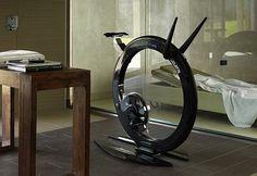 Ciclotte は、他の家具と会話可能な(?)デザインオブジェクト