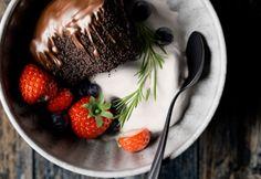 Strawberry dessert by Den Voloskov