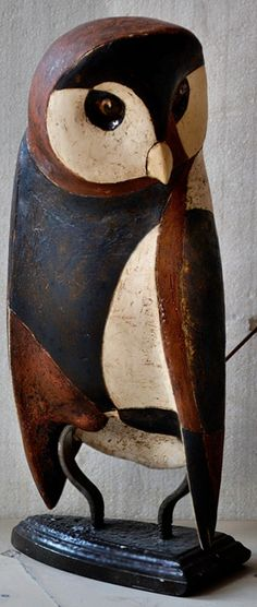sender-owl-ivan-angelov-panov-397x936. Prague Potter Ivan Angelov Panov Originally born in Bulgaria, where he pursued his interest in sculpture and art from a young age, Ivan Panov has established a ceramic studio and school in Prague. http://ceramic-studio.net/site/ (hva)