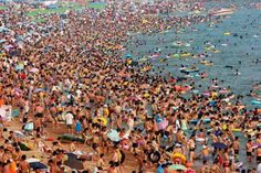 """A Beach in China's eastern Shandong province on a typical summer Saturday."" 14 Pictures Of Our Crowded World - Business Insider Qingdao, Ache O Gato, China Beach, Beach Photos, Mother Earth, Climate Change, City Photo, Tourism, Places To Visit"