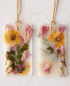 Pressed flower air fresheners