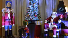 Video: Lifesize Chocolate Santa Display at the Walt Disney World Swan Hotel & NEW for 2013, a 400 Pound Chocolate Nutcracker! Interview with Executive Pastry Chef Laurent Branlard #Christmas #Holiday #Santa #Nutcracker  #Chocolate #Baking #Swan @Swan Dolphin #Pastry #Chef