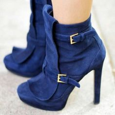"Alexander McQueen Suede Booties Alexander McQueen Blue Suede Ankle boots. These navy suede ankle boots have zip closure down the sides. Front panels attach with two gold tone buckles. Low front platform. High heels. -Color: Navy Blue, Gold-Tone -Made In Italy -Fabric Content: Suede Upper; Leather Insole; Leather Outsole -Heel Height: 5"" -Total Height: 9.5"" -In great condition! Slight scuffing on the outsoles. There are a few faint scuffs scattered throughout the suede.  NO Trades. Please…"