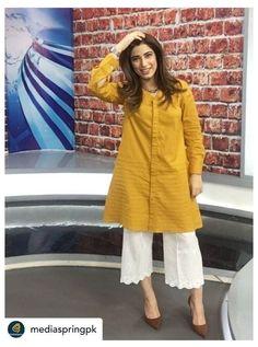 #trousers #women #pakistani #casual #trouserswomenpakistanicasual Pakistani Fashion Party Wear, Indian Fashion Dresses, Dress Indian Style, Pakistani Outfits, Stylish Dresses For Girls, Stylish Dress Designs, Casual Dresses, Stylish Dress Book, Stylish Kurtis Design