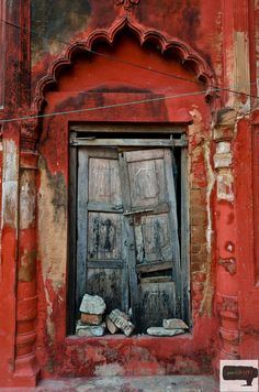 Door, probably in India  Photo: Rahul Singh Manral  via Set Yourself Free
