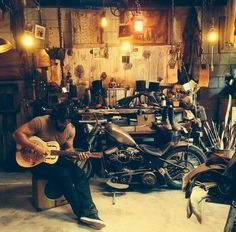 Jason Momoa and his hobbies - figures he can play the guitar, what can't he do?