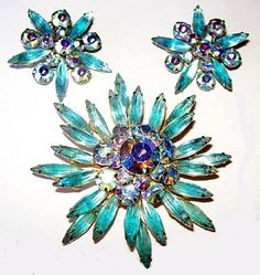 Hey, I found this really awesome Etsy listing at https://www.etsy.com/listing/212295765/judy-lee-brooch-earring-demi-set-aqua
