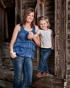 mom & daughter family photo, barn wood, outdoors