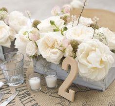 Facile à faire soi-même et économique, le numero de table permet de placer aisément ses invités. :cadres, bricolage floral, modèles gratuits à imprimer...
