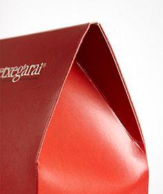 Graficas Ilba, packaging - Trabajos - Fondo automático - Etxegarai
