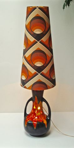 Fat lava lamp from Walter Gerhards KG with original  lampshade 125€