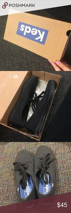 Black Keds size 7 1/2 Black Keds size 7 1/2, Great condition, only worn twice Keds Shoes