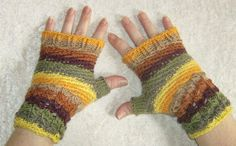 """Handschuhe - Fingerlose Handschuhe """"Farbenspiel"""" - ein Designerstück von Rosemarie-Kerschl bei DaWanda"""