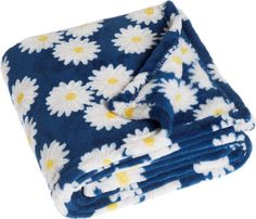 PLAYSHOES Fleecová deka Margarétky 75x100   amkotoys.com Blue Blanket, Cuddling, Pure Products, Blue Grey, Pram Sets, Physical Intimacy, Cuddles, Hug, Cuddle