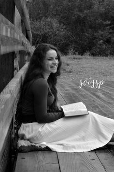 God centered Christian (girls) senior shoot | Anchorage AK | Shazlyn Voss Photography