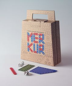 Packaging of the World: Creative Package Design Archive and Gallery: Merkur Suitcase (Student Project)