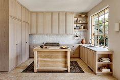 Las cocinas rústicas levantan pasiones. Te mostramos más de 40 fotos con las mejores ideas y consejos para decorar una cocina rústica.