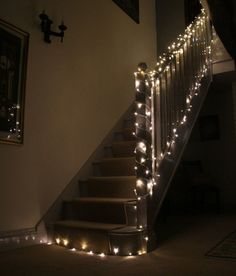 Staircase Fairy Lights: Using LED Christmas Lights Around the Home - Fairy Lights & Fun Warm White Fairy Lights, Outdoor Fairy Lights, Remodeling Mobile Homes, Home Remodeling, Christmas Lights Inside, Cosy Decor, Stair Lighting, Porch Lighting, Lighting Ideas