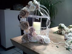 There are so many beautiful ideas for a shabby chic wedding. I'm falling in love with all these shabby chic wedding centerpieces- Check this out for ideas! Bird Cage Centerpiece, Party Centerpieces, Wedding Decorations, Centrepieces, Diy Wedding, Birdcage Wedding, Wedding Ideas, Birdcage Decor, Vintage Birdcage