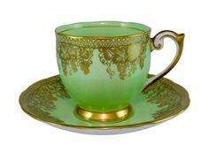 Tea Cup Set, Cup And Saucer Set, Tea Cup Saucer, Turkish Coffee Cups, Antique Tea Cups, Coffee Cups And Saucers, Vine Design, Tea Art, Vintage Tea