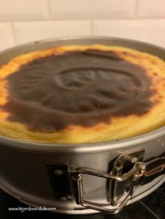 Flan pâtissier ultra crémeux - Our Tutorial and Ideas Cake In A Jar, Dessert In A Jar, Fancy Desserts, Fancy Cakes, Mousse, Supermarket, Parfait Desserts, Tiramisu Dessert, Desserts With Biscuits