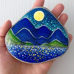 Image may contain: 1 person Mandala Painted Rocks, Painted Rocks Craft, Mandala Rocks, Hand Painted Rocks, Stone Mandala, Painted Stones, Mandala Art, Mandala Design, Mandala Painting