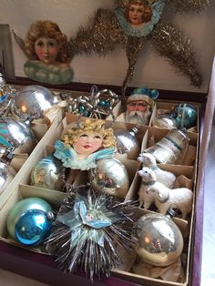 Lovely antique christmas tinsel & glass ornaments from my private collection. jennysvitavillervalla.blogspot.se