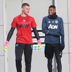Exclusive photos: United training hard - Official Manchester United Website