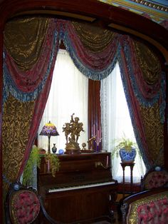 correct upholstery for parlor suite Victorian Window Treatments, Victorian Windows, Victorian Parlor, Victorian Decor, Victorian Homes, Victorian Curtains, Moroccan Room, Victorian Interiors, House Interiors