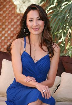 Michelle Yeoh was born to a Malaysian Chinese family in Ipoh, Malaysia. She was keen on dance from an early age, beginning ballet at the age of four. At the age of 15, she moved with her parents to England, where she was enrolled in a boarding school. Yeoh later studied at the Royal Academy of Dance in London, majoring in ballet. However, a spinal injury prevented her from becoming a professional ballet dancer, and she transferred her attention to choreography and other arts.