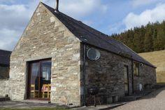Glenlivet Cottage - Sleeps 2-6 in 3 bedrooms