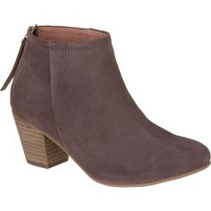 From afternoons spent at a fine art museum to date nights with your significant other, the Seychelles Footwear Women's Clash Boot offers casual-chic style. Made with a suede upper, this boot is designed to complement any jeans, dress, or skirt you pair it with. A stacked block heel assures elevated style.