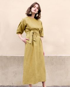 Mustard Green Linen Long Dress – The Frankie Shop Smart Casual Fashion Women, Latest Fashion For Women, Modest Fashion, Fashion Outfits, Womens Fashion, Fashion Fashion, Clothes For Summer, Dress For Summer, Linen Dresses