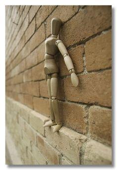 street art: Dummy on the Ledge School Photography, Photography Lessons, Photography Projects, Art Photography, Creative Photography, High School Art, Middle School Art, Photo Humour, Collage Kunst