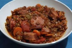Weight watchers chorizo ​​lentils, an easy and simple recipe, a 6 SP dish to prepare for a lunch or an evening meal. Plats Weight Watchers, Weight Watchers Meals, Weight Warchers, Ww Recipes, Healthy Recipes, Batch Cooking, 100 Calories, Evening Meals, Parfait
