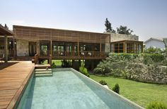 MM House is a residential project completed by Vicca Verde in It is located in Lima, Peru. Residential Architecture, Contemporary Architecture, Interior Architecture, Ultra Modern Homes, Outdoor Pavilion, Architecture Magazines, Pool Houses, Tiny Houses, Exterior Design