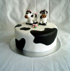 Cow Cake  on Cake Central