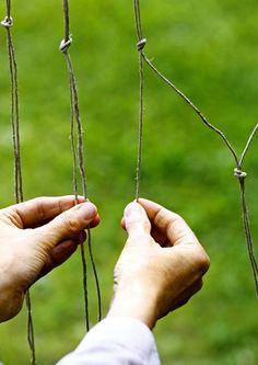 Tee riipputuoli luonnonnarusta solmimalla   Meillä kotona Wells, Arrow Necklace