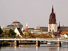 2-14 Day Europe Explorer Flexible Tour from Frankfurt in English - Highlights: Visit Bonn, Cologne, Amsterdam, Brussels, Paris, Milan, Verona, Venice, Vatican, Rome, Florence, Pisa, Monaco, Reims, Luxembourg, Trier, Koblenz, Frankfurt. Up to 13-night hotel accommodations. Flexible tour schedule. Round trip transportation and tour guide.