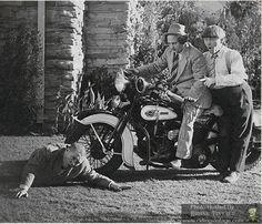 Three Stooges & police HD