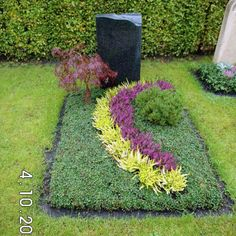 Krause burials and cemetery gardening - grave design Cemetery Decorations, Kinds Of Salad, Mother Nature, Stepping Stones, Fresh Vegetables, Landscape, Outdoor Decor, Pretty, Flowers