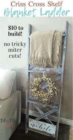 DIY Blanket Ladder with Criss-Cross Back DIY Furniture & DIY Home Decor! Build a blanket ladder with Cute Dorm Rooms, Cool Rooms, Farmhouse Side Table, Farmhouse Decor, Farmhouse Style, Country Style, Country Decor, French Country, Modern Farmhouse