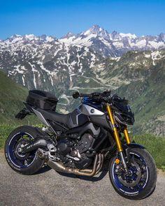 Suzuki Bikes, Yamaha Motorcycles, Mt Bike, Motorcycle Bike, Yamaha Mt 09, Ducati Diavel, Old Bikes, Super Bikes, Motorbikes